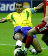 Cafu in action
