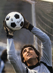 Zoff in action
